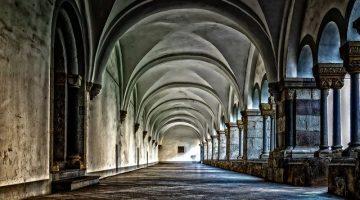 monastery-3130879_640
